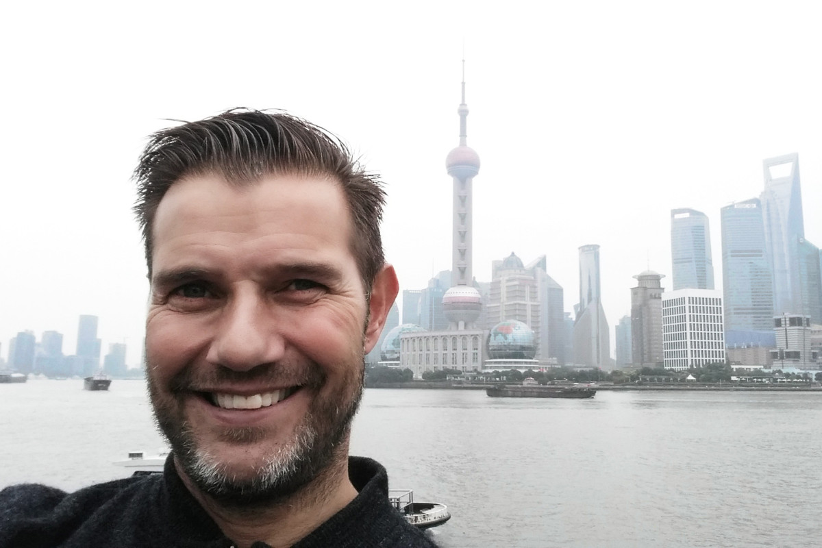 China Shanghai travel our big move fabric market new job Gertjan